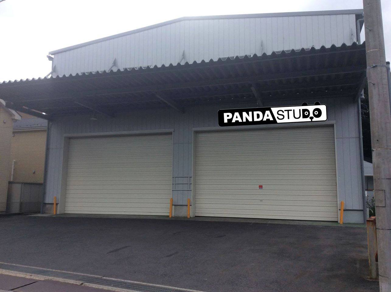 PANDASTUDIO_LED_CENTER